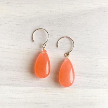 カラージェードのキャンディピアス  オレンジ