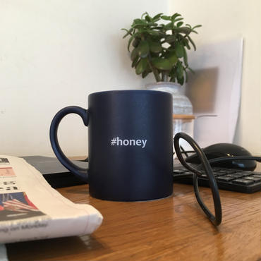 "Hashtag Mug/Navy ""honey"""