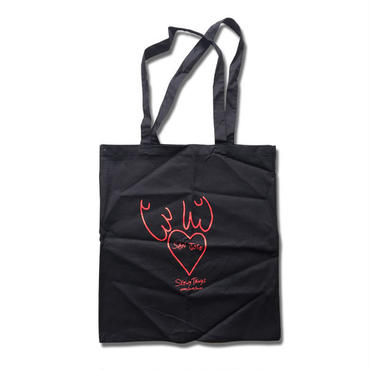 SEEING THINGS GALLERY JAI TANJU HEART TOTE BAG