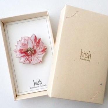 花のブローチ(ボックス入)
