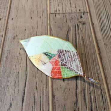 木の葉のブローチ(A)