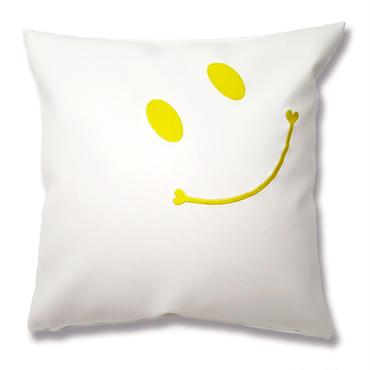 ニコちゃんスマイル刺繍クッションカバー45×45 ホワイト×イエロー