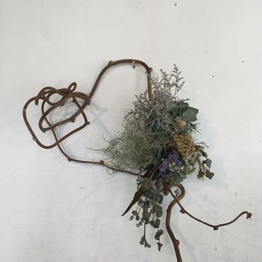 アジサイとブルーウェーブの枝みせリース
