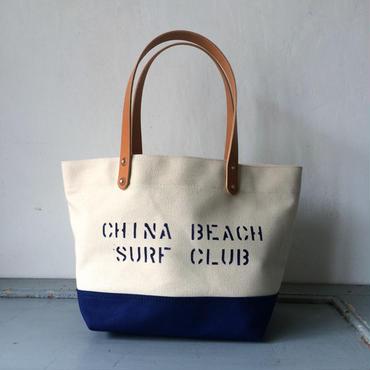 """CHINA BEACH SURF CLUB"" ステンシル入り小振りな日本製生成り帆布トートIND_BNP_0205"
