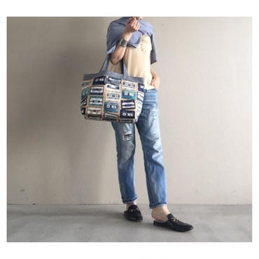 basic tote tapes beige