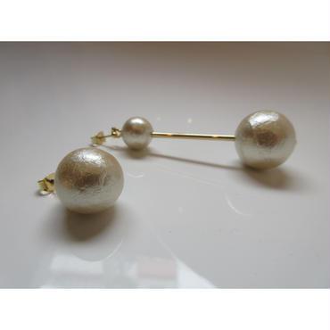 blue rank  pearl  pierced earring