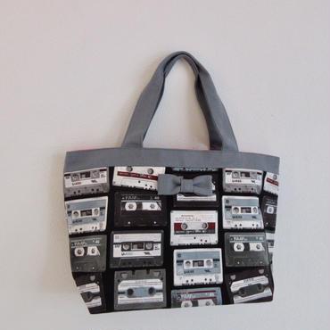 basic tote tapes black