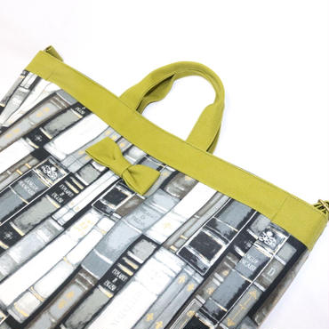 【online store 限定】adjust strap tote antique books grey