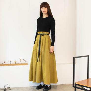 【予約終了】thomas magpie peach skin long skirt mustard