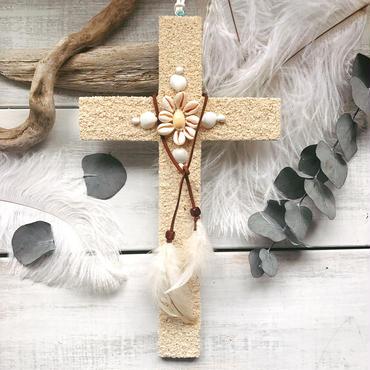 Bohemian Cross 12