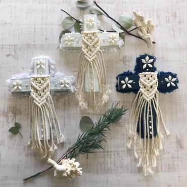 Bohemian cross  1