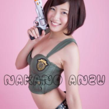 中野杏:ポスター アーミー水着