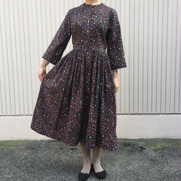 vintage 1960's~ ペイズリー柄ブラック×ブラウンワンピース