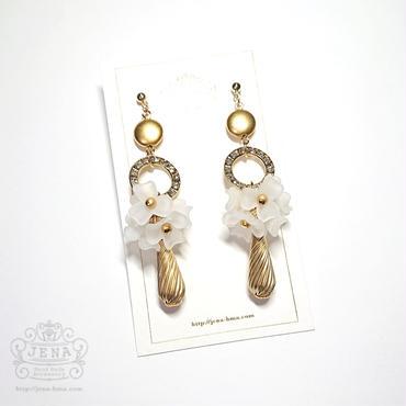 White Bouquet イヤリング/ピアス