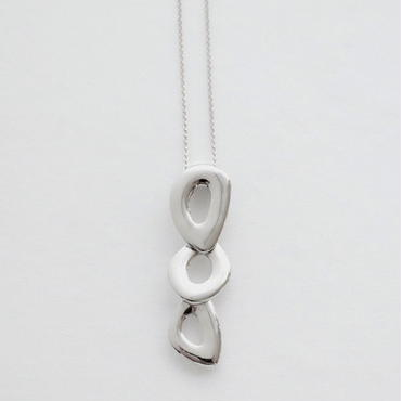 Necklace Ovalo 18KWG 01