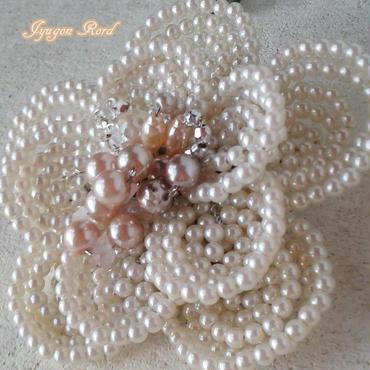 お花のコサージュブローチ(パールB)