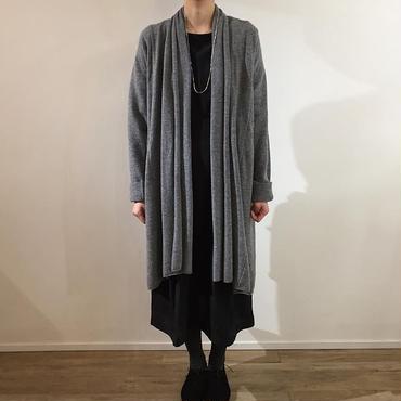 《evam eva》robe