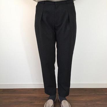 《evam eva》wool tuck pants