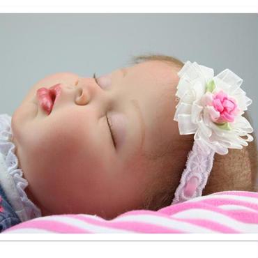 高級 リボーンドール 赤ちゃん人形 ベビー人形 ベビードール 植毛 シリコンビニール リアル ハンドメイド /安らか ねんね 女の子