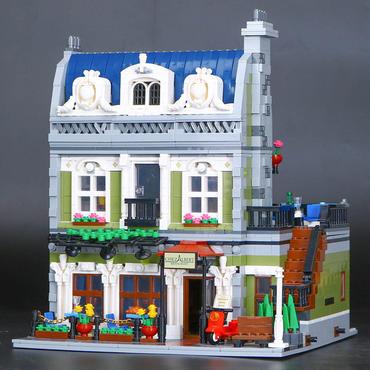 レゴ(LEGO )互換  Creator Parisian Restaurant  レゴ クリエイター10243風