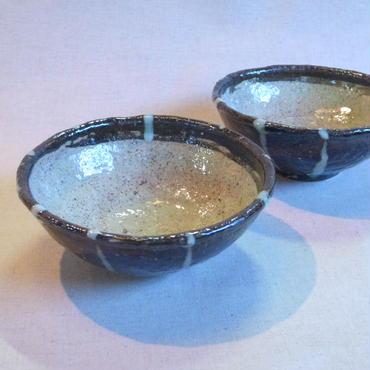 黒泥縞小鉢