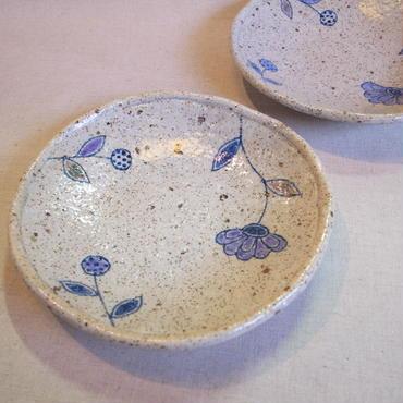 彫線花  皿