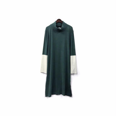 """ hatra "" Bi-color Hight necked Design One-piece (size - S) ¥13500+tax【着画あり】"