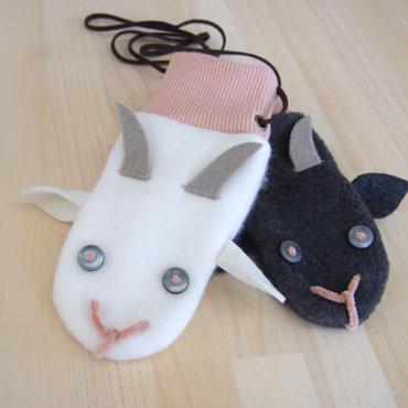 【こども用】白やぎ黒やぎミトン 手袋 ピンク
