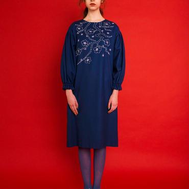 梅の刺繍ワンピース (blue)