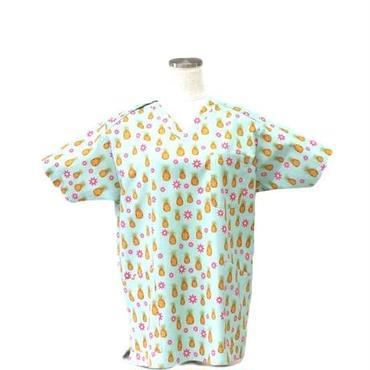 女性用 No.5503 パイナップル(青)      医療用、介護用スクラブシャツ