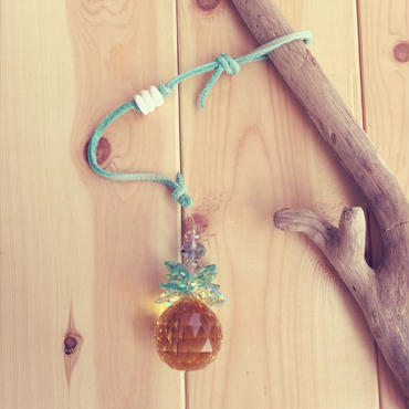pineapple sun catcher*green