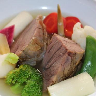 コラーゲンたっぷり,とろける様な国産牛ホホ肉のポトフー ( Pot-au-feu de joue de bœuf aux legumes ) / 牛頬肉約120g