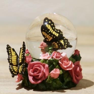 【スノードーム】バラと蝶