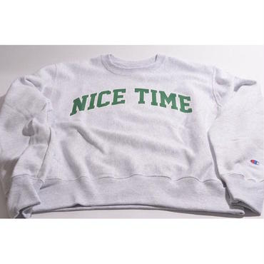 "【 tr.4 suspension 】""NICE TIME"" COLLEGE LOGO SWEAT ( SILVER GRAY )"