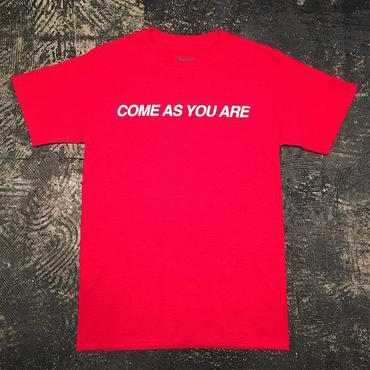"【 tr.4 suspension 】""COME AS YOU ARE"" S/S TEE ( RED )"