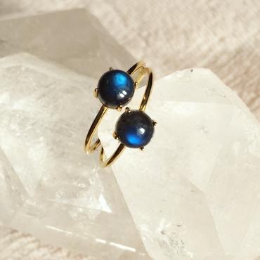 Black labradorite ring