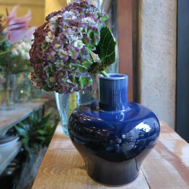 Antique flower vase  / GER-001