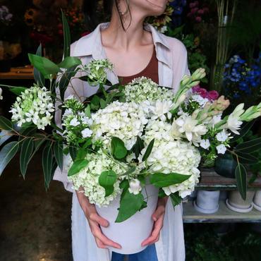 Seasonal arrangement / white&Green-1