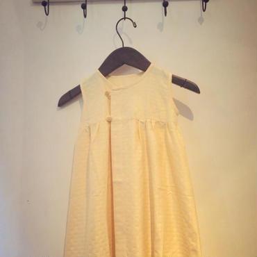 バニラ色のジャガードドレス
