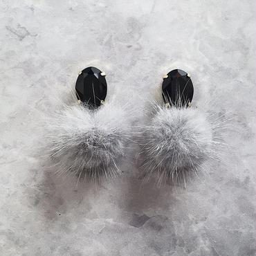 【数量限定】mmw fur pierce&earring / Black× Light gray