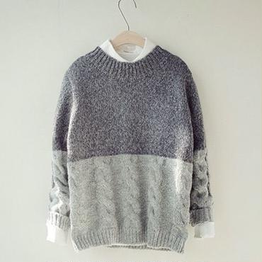 Gray2tone U neck knit