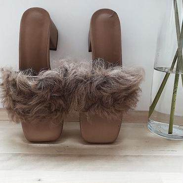 Poodle fur heel Sandal