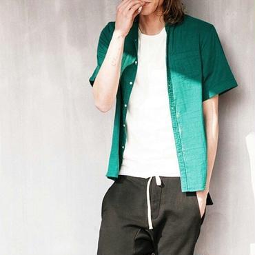 シンプルで着心地バツグン/緑コットン半袖シャツ