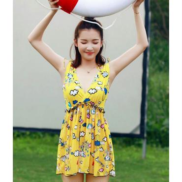 ワンピース付/お絵描き風模様がユニークな黄色ビキニ3セット