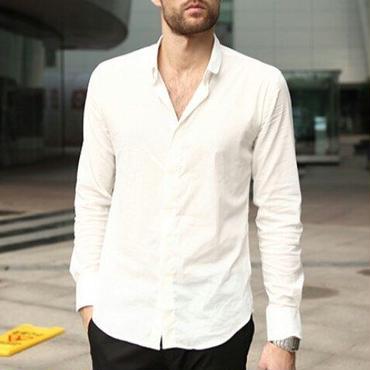 ジャケットにも1枚でもご利用頂ける綺麗め白のベーシックシャツ