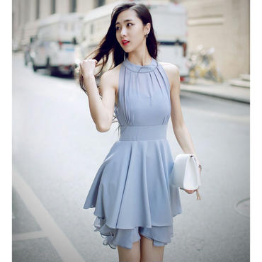 エレガントなフレアラインバックロングアメリカンスリーブドレス
