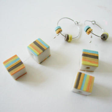 Cube -Yellow pierced earrings