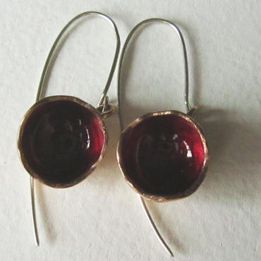 Pierced earrings M red -bronze, enamel #E10