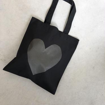 ハートのバッグ
