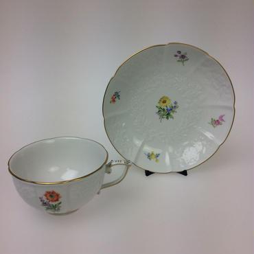 【マイセン】2つ花 レリーフ付きティーカップ&ソーサー①  040110/08633
